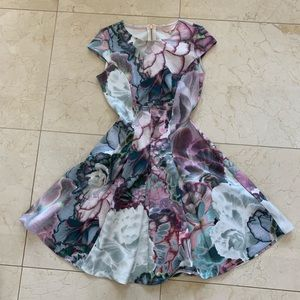 Ted Baker NWOT Floral MIDI Dress Size 1